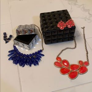 Jewelry sets and boxes